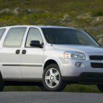 Chevrolet Uplander engine oil capacity